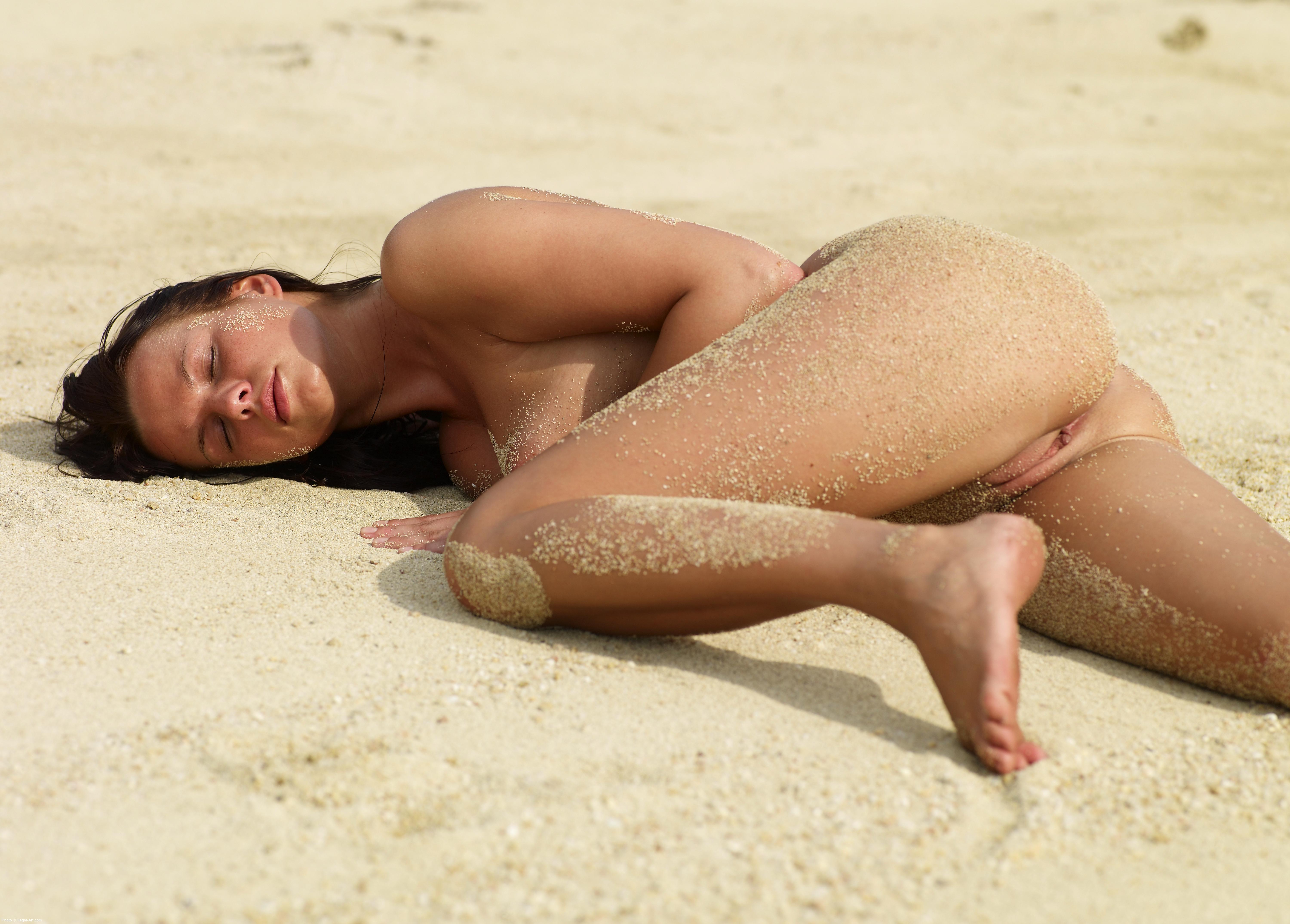 Lysa Nude Thai Beach 2008 06 14 025 xxxl