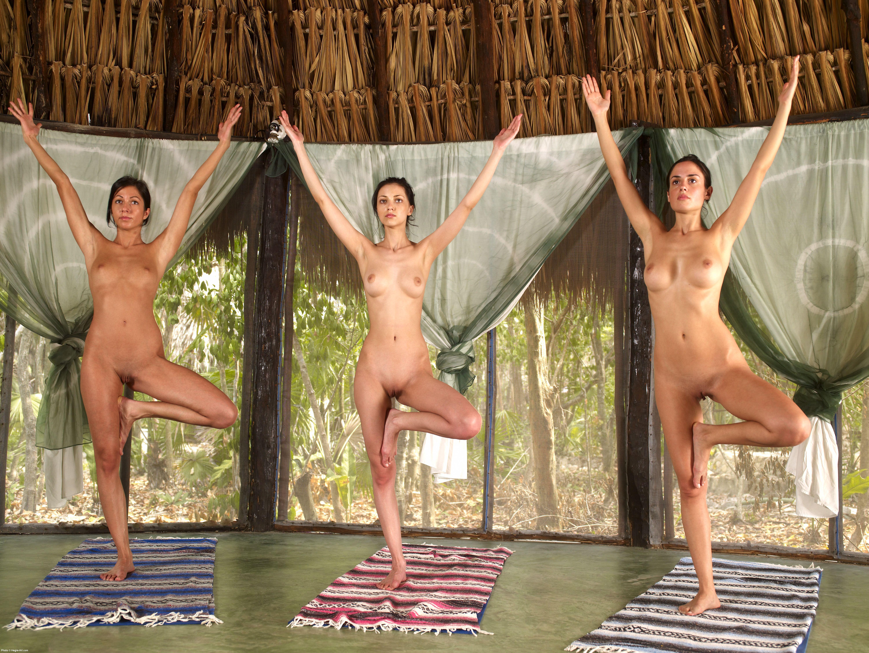 Смотреть порно с йогами девушками 23 фотография