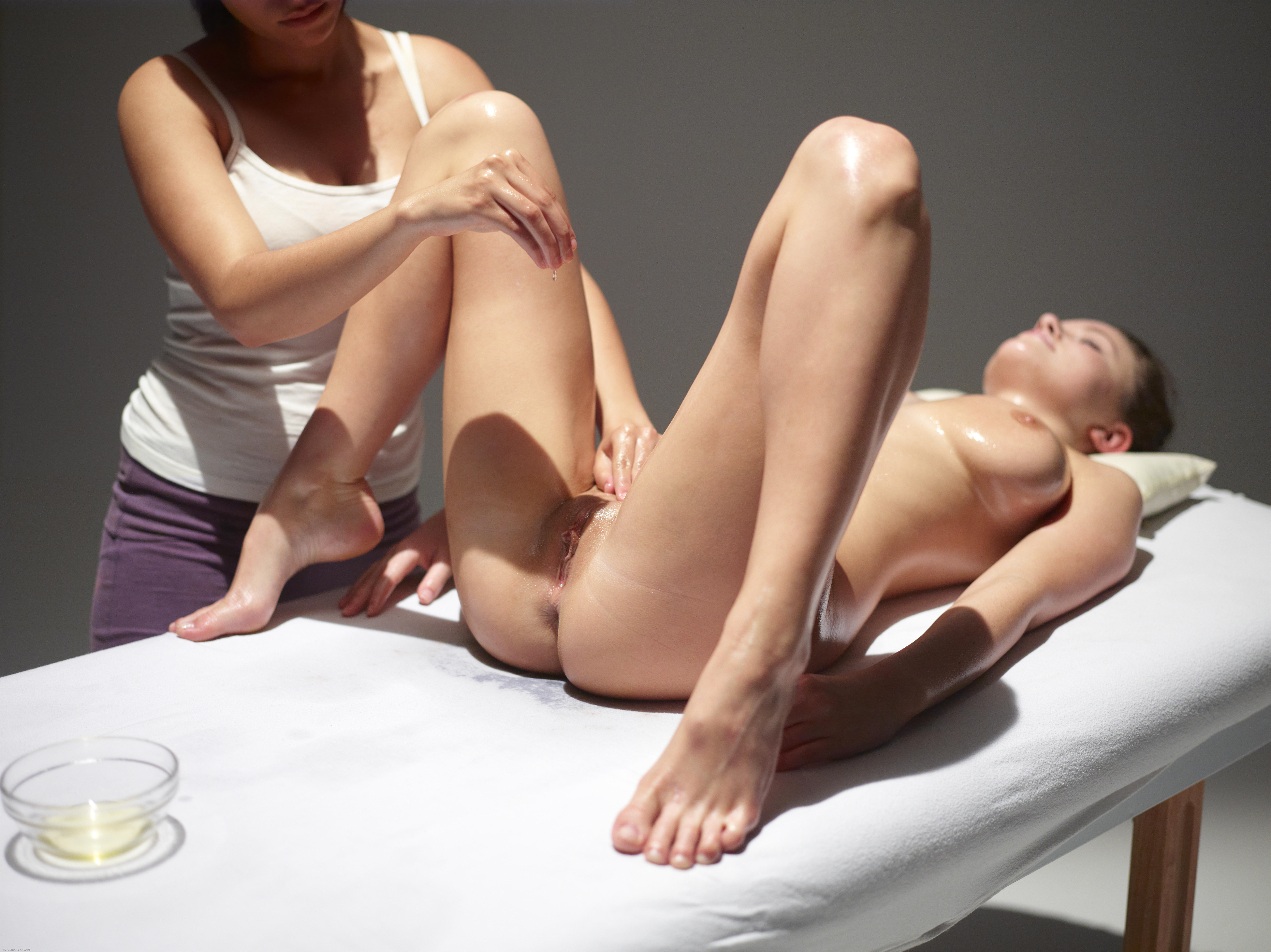 FULL TANTRA MASSAGE EROTISK KONTAKT