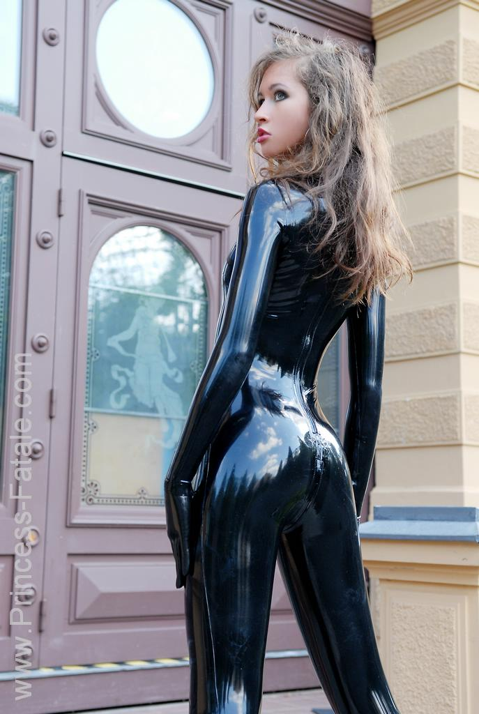 Latex girl gallery free