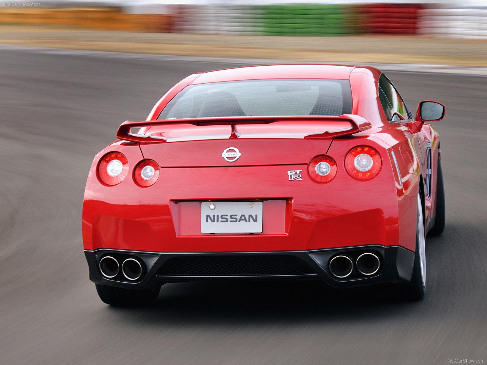 Nissan GT R 2008 1600 x 1200 wallpaper 1 d
