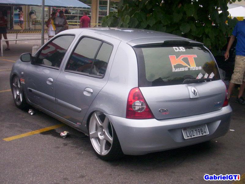Clio 04