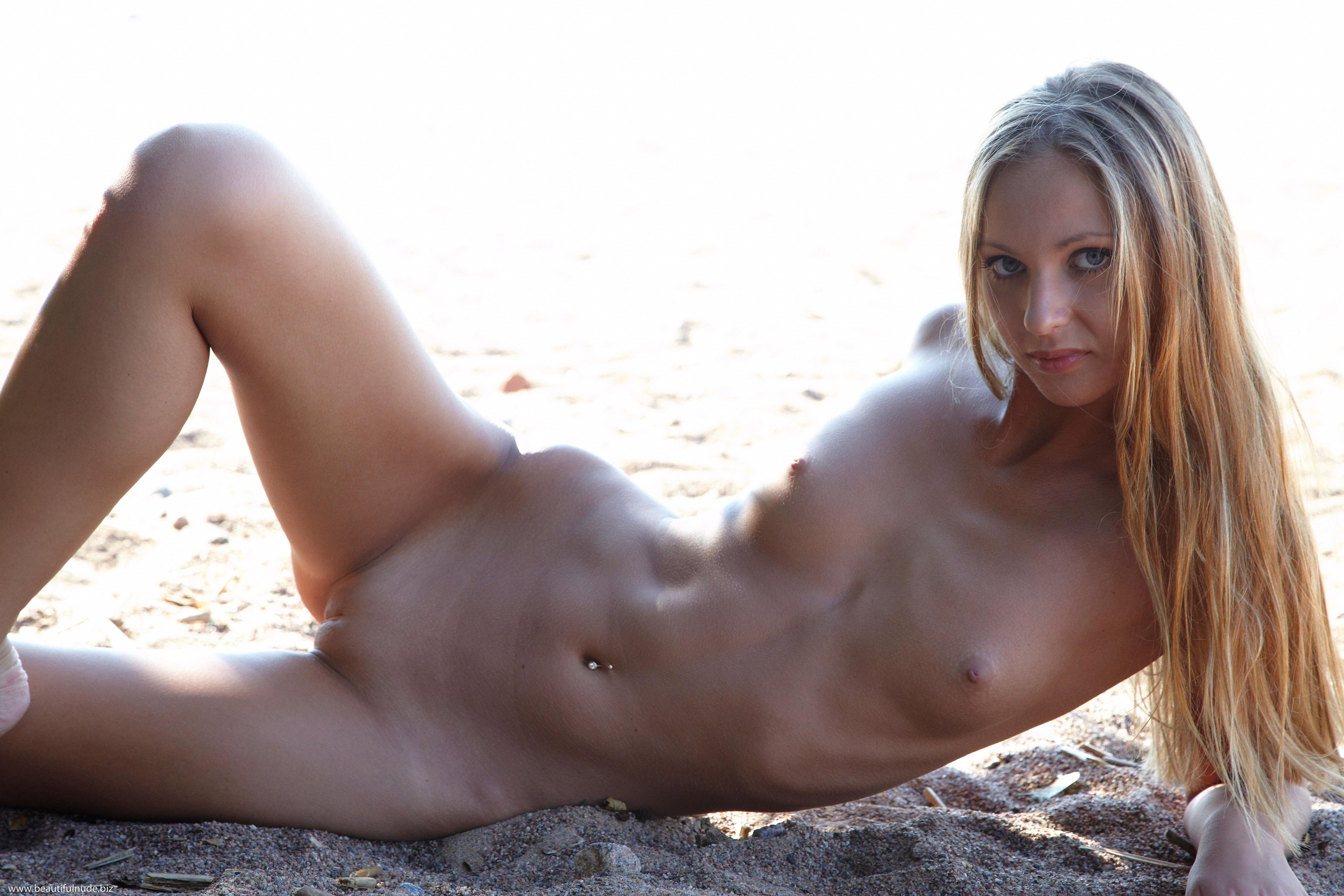 Eva lovia totally nude webcam videos