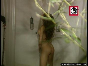 Victoria Xipolitakis naked ass in the shower